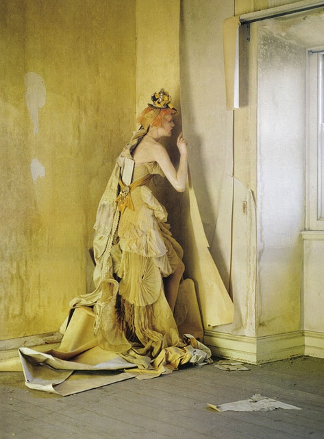 Lady Grey Stella Tennant Imogen Morris Clarke By Tim Walker For Vogue Italy March 2010