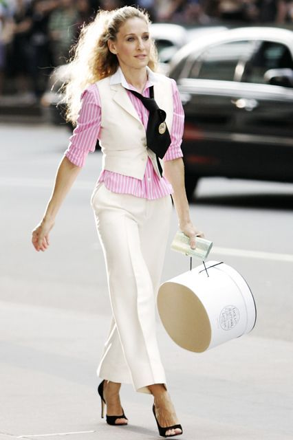 Carrie Bradshaw's most iconic outfits cost HOW much?!