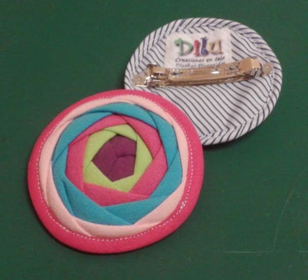 Rosa china en patchwork (hebilla) — Dilu