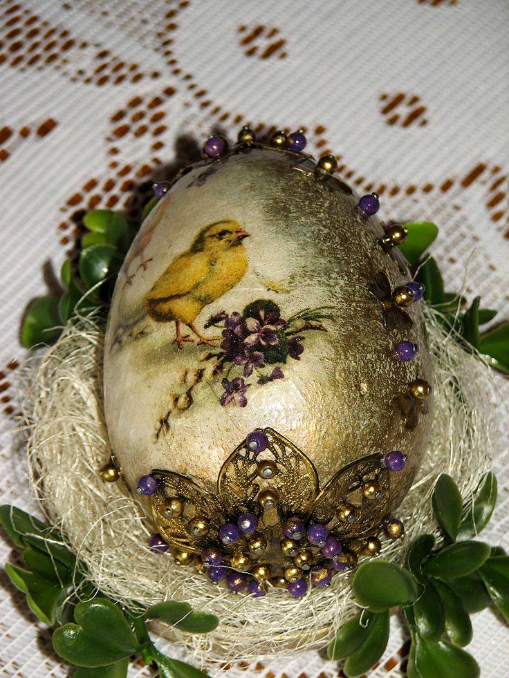 Decoupage egg and purple jade Jajko decoupage i fioletowe jadeity