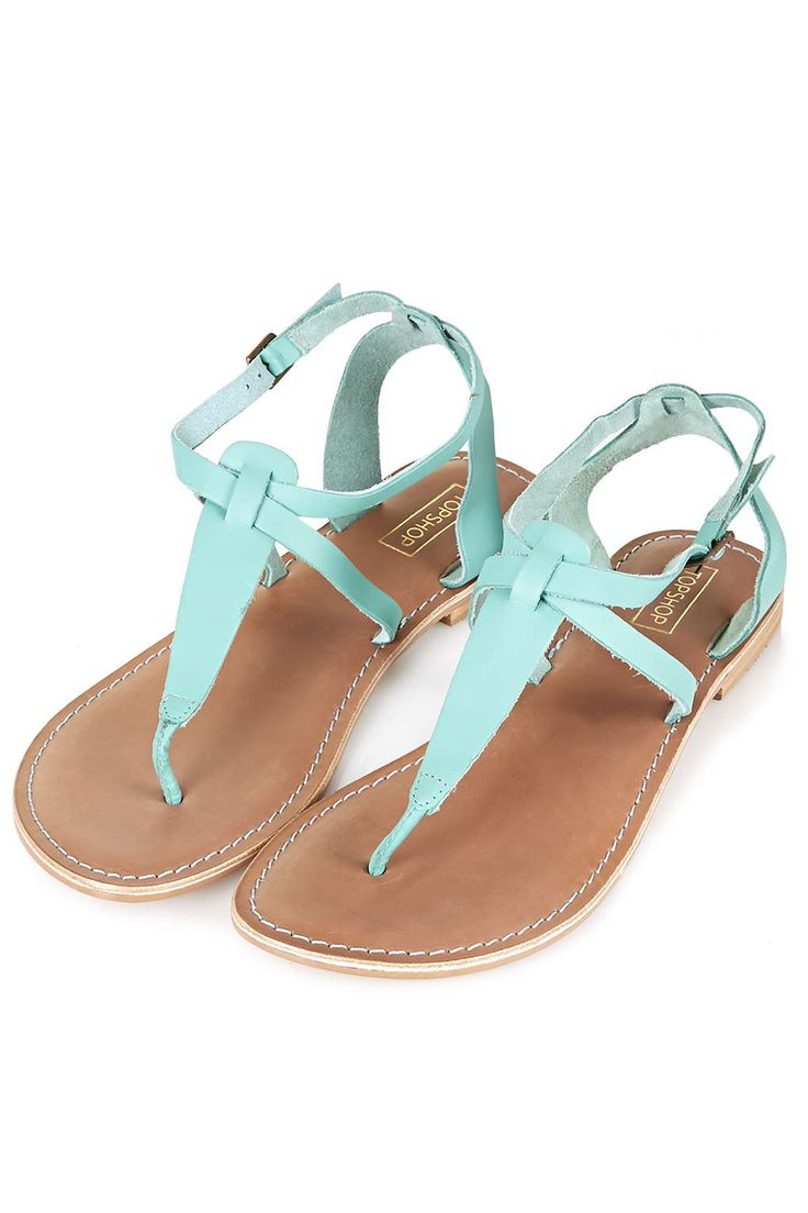 Step into the new season with these mint leather toe post sandals.