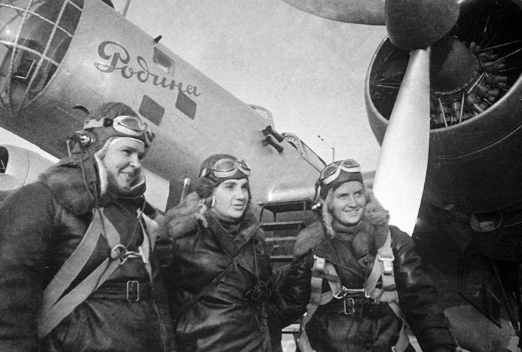 Птенцы гнезда Расковой: женщины-авиаторы в бою | РИА Новости - события в России и мире: темы дня, фото, видео, инфографика, радио