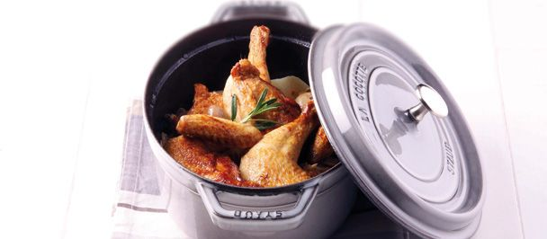 Chicken chasseur with rosemary in a Staub Oval Cocotte - Recipe available at www.staub.fr