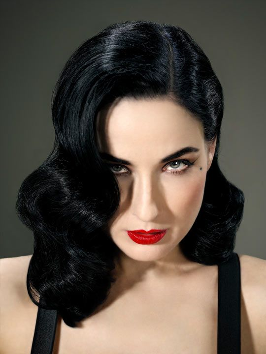 Dita Von Teese…Sexiest Woman of the Day!                                                                                                                                                      More