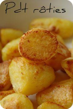 Pommes de terre rôties comme je les aime (roasted potatoes) Je suis folle des pommes de terre rôties, mais pas n'importe lesquelles. Il faut qu'il y ait une vrai croute et qu'elle soit vraiment croustillante, et que l'intérieur soit bien moelleux. Pas question non plus que l'extérieur ne devienne comme...
