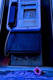 TACONES : Cabina telefónica