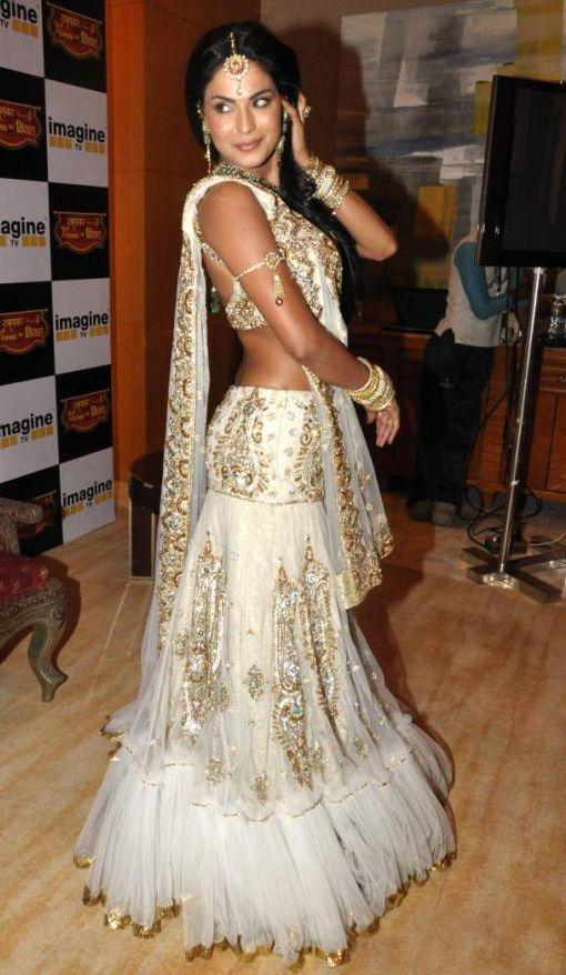 Veena Malik's In Designers Snow White Lehenga Choli