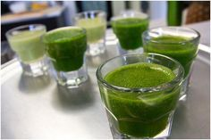 Are you looking for a supplement that is natural and healthy. Wheatgrass powder is the perfect answer. Here we list the 20 benefits of using wheatgrass powder.