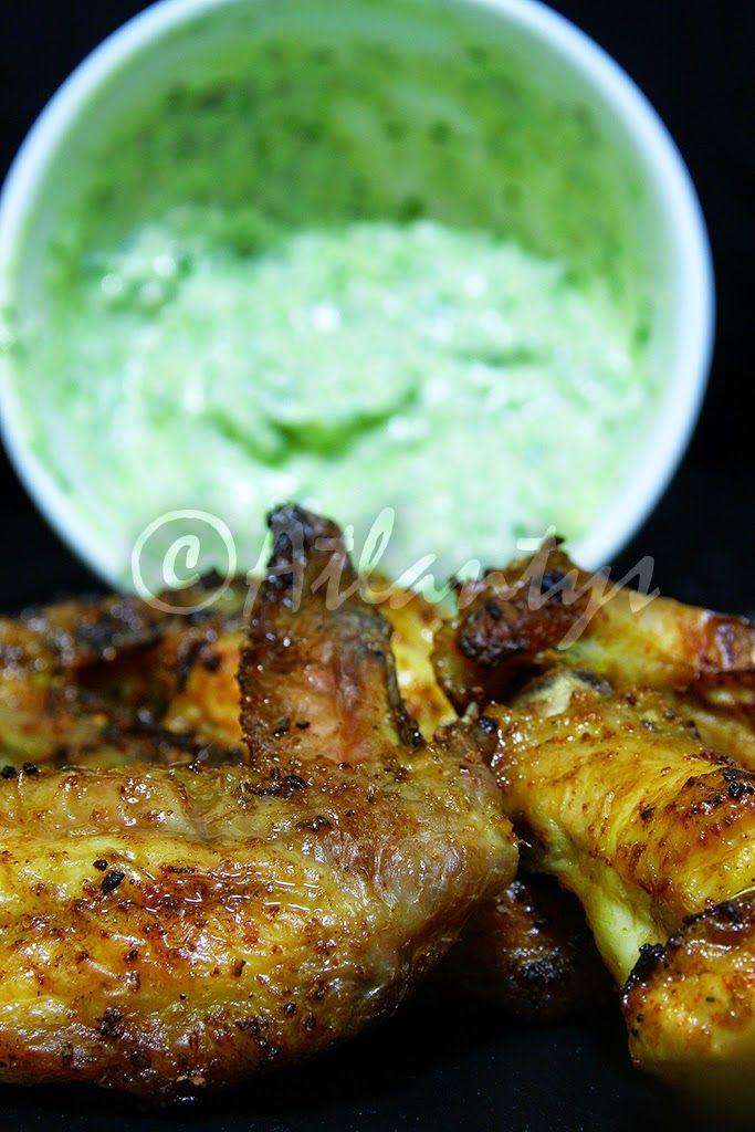 Terapia do Tacho: Asas de frango grelhadas com molho de iogurte e pesto (Grilled chicken wings with yourgut pesto sauce)