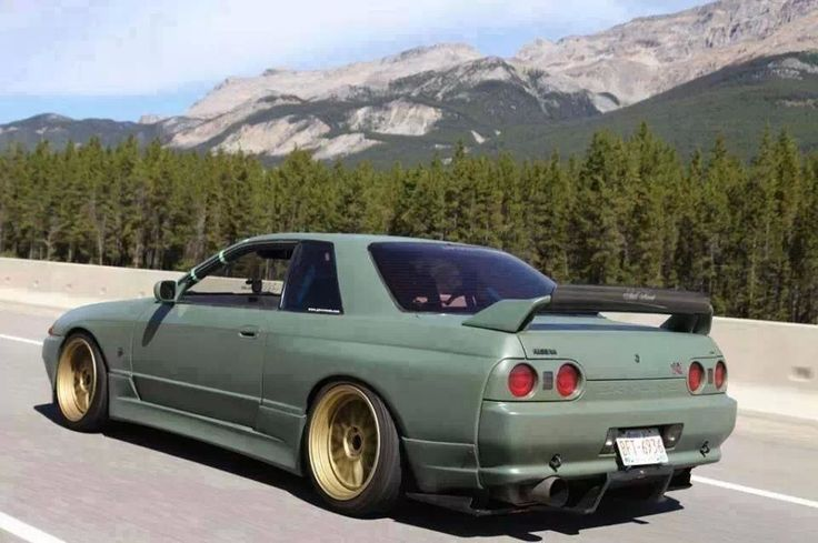 nissan skyline gtr r32 in love with a machine. Black Bedroom Furniture Sets. Home Design Ideas