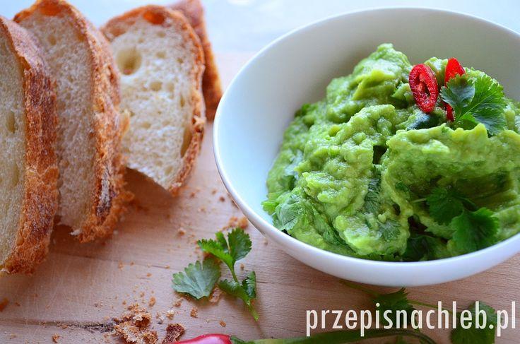 Pasta z awokado i zielonego groszku.