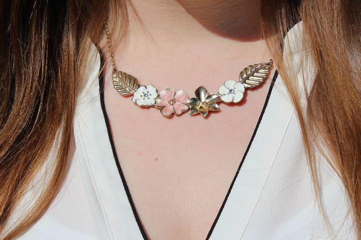 Blumenkette, Jewelry, Flower, golden