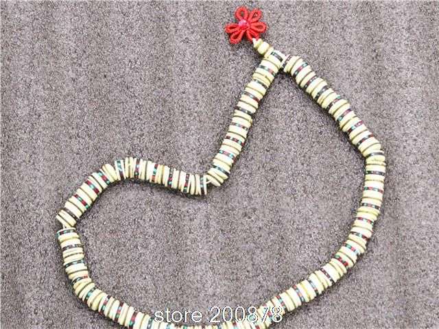 Barato Bro573 tibetano 108 contas branco Yak mediação osso contas de oração mala 13 mm Antiqued osso de boi embutimento de pedra colar tibetano rosário, Compro Qualidade Gargantilhas diretamente de fornecedores da China:            Tibetano 108 Branco Osso de boi mediação contas de oração do rosário, do Tibete local.          * Feita