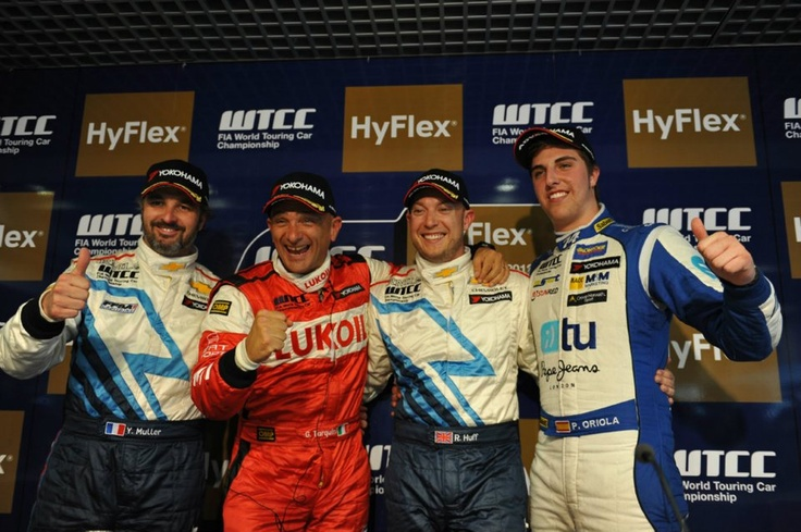 Podium first race: Yvan Muller - Gabriele Tarquini - Robert Huff - Pepe Oriola