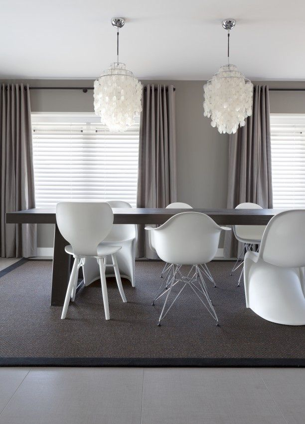 63 best images about dining room ideas on pinterest for Modern dining room paint ideas
