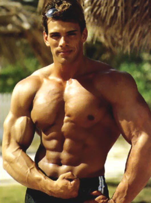 Frank Sepe - Top Bodybuilder, gorgeous face, body a bit ...