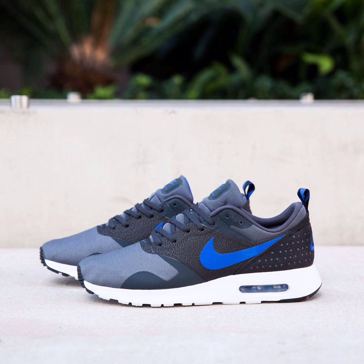 I often buy nike shoes this website  Very important reason is becasuse  theprice is so cheap