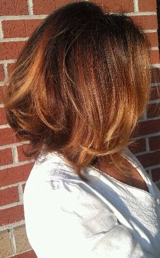 Shiny / wavy / short / brunette / chocolate / brown / honey / golden / balayage / highlights / long bob / lob / hair color / ombré