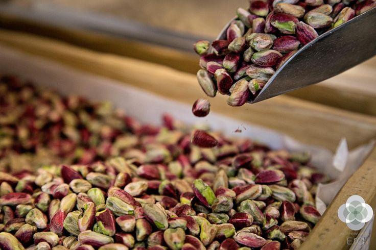 Τα φυστίκια περιέχουν υψηλή ποσότητα καλίου, το οποίο βοηθάει τον οργανισμό ρίχνοντας τα επίπεδα της ορμόνης του στρες κορτιζόλης, περισσότερο από κάθε άλλο ξηρό καρπό http://bit.ly/1NVYDhr #EraLovers