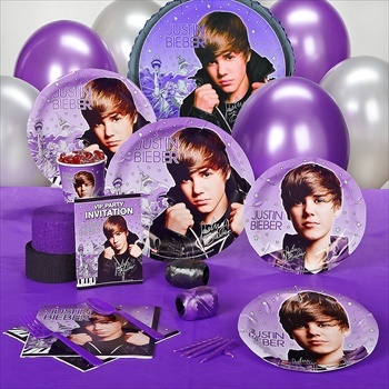 Give your son or daughter a Bieber inspired party.
