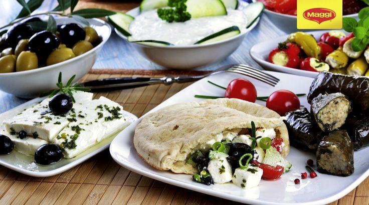 Mic dejun grecesc cu bunatati si branza feta! <3 Ni se face iar dor de vacanta...