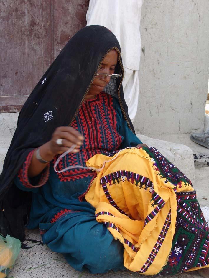 foto de BALUCH woman in balochistan province in IRAN Balochi