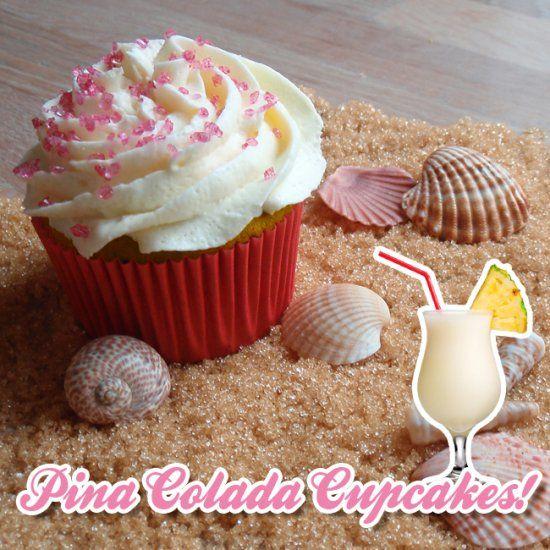 Dit is een heerlijke #cupcake voor zonnige dagen! Gemaakt met #kokos, #ananas en een scheutje 3rum met daarop een romige kokosbotercreme. Kijk voor het #recept op: http://www.oetker.nl/nl-nl/recept/r/pina-colada-cupcakes-1 #zomer