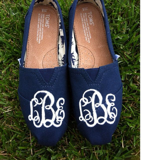 Monogrammed Toms by VuVuDesigns on Etsy