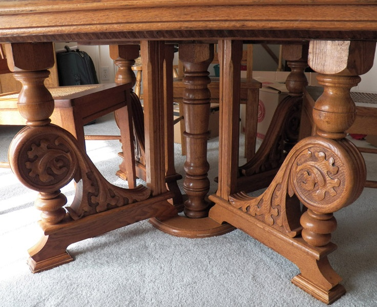 Detail From 1890 39 S Oak Table This Table Has 6 Leaves And Goes To 10 Feet Long Manufactured By