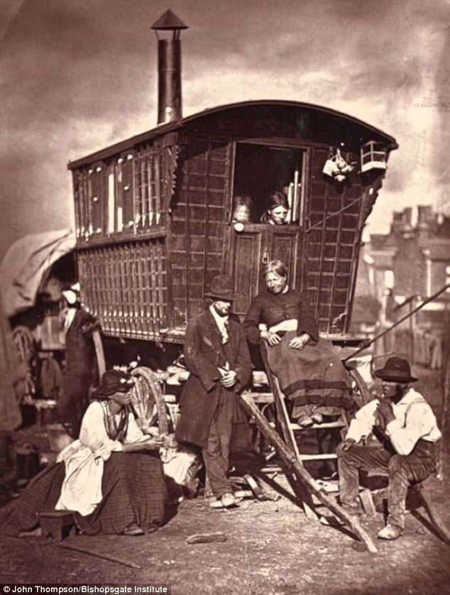 """""""William Hampton of the London Nomades, a group of travellers who were staying on vacant land in Battersea: 'Why what do I want with education? Any chaps of my acquaintance that knows how to write and count proper ain't much to be trusted into the bargain'"""", photo by John Thompson 1876-77"""