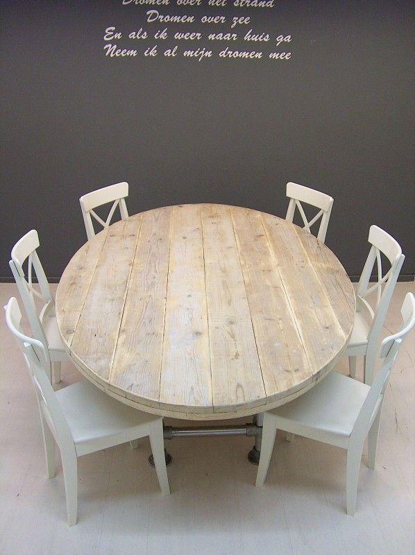 Ovale tafel met steigerbuis onderstel en steigerhouten blad oud (1292013)