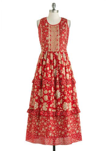 Katherines La Vie Bohemian Dress ... luv the mix of patterns with large and small elements ... just two colors: orangy red and khaki ...