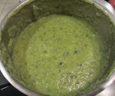 Leek and broccoli soup