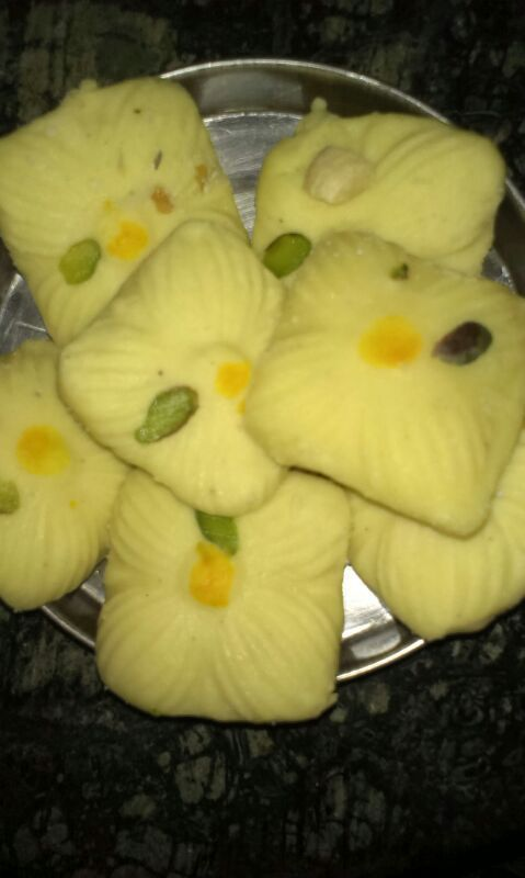 Sandesh (Bengali Sweet Recipe) : http://secretindianrecipe.com/recipe/sandesh-bengali-sweet-recipe