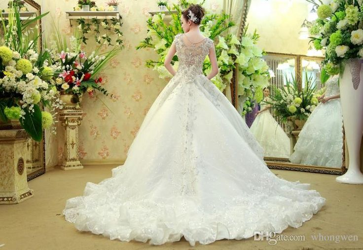 13 best Brautkleider images on Pinterest | Short wedding gowns ...