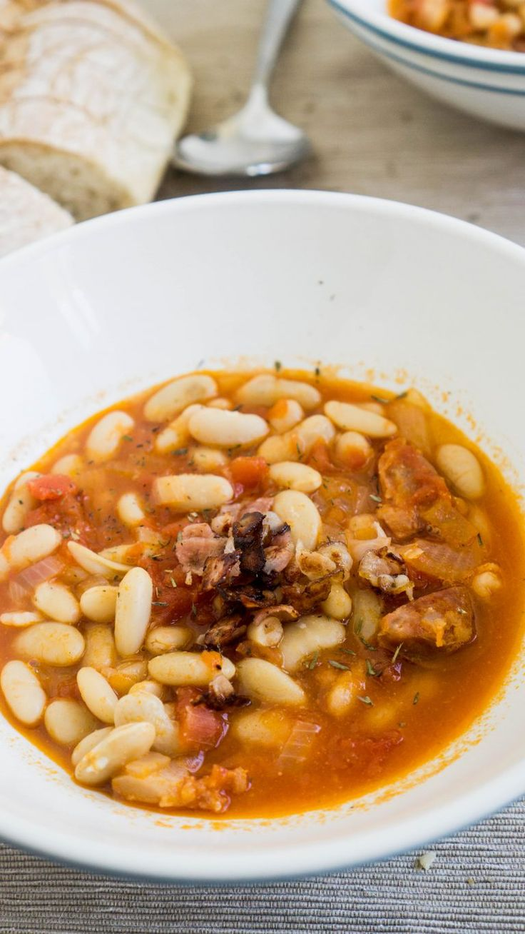 Hearty Mediterranean White Beans Soup | The Cookware Geek