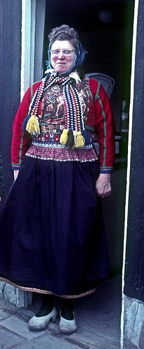 Marken Holland Woman 1966, via Flickr. A woman in local folk dress attire in picturesque island community of Marken in North Holland (Netherlands). Image scanned in from color photo slide that I took on 23 March 1966. #NoordHolland #Marken