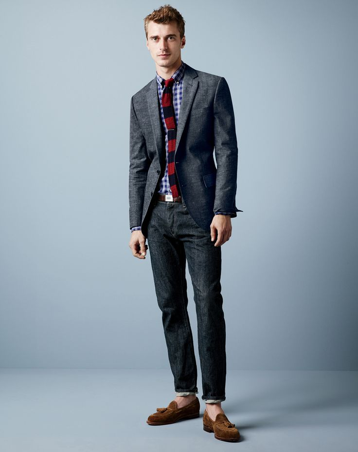 J.Crew men's Ludlow jacket in Japanese chambray and 484 Selvedge jean in resin crinkle wash. Men's Spring Summer Fashion.