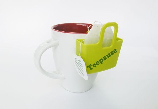 TassenUtensilo *Jetzt auch in Gold*  Wohin mit dem Teebeutel? Ganz einfach! Ab ins Tassenutensilo. Ich mach Dir Deinem Wunschnamen oder Wunschbeschriftung drauf.    Das Tassenutensilo gibt es...