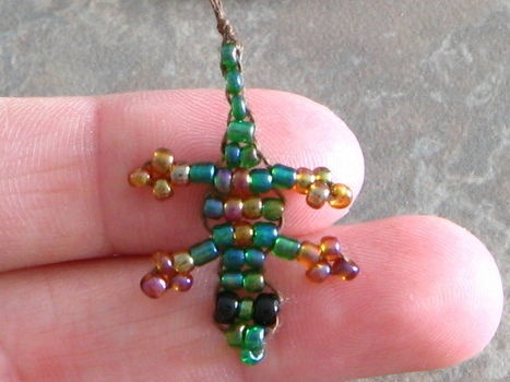 I love making these tiny little bead lizards! Easy and fun!