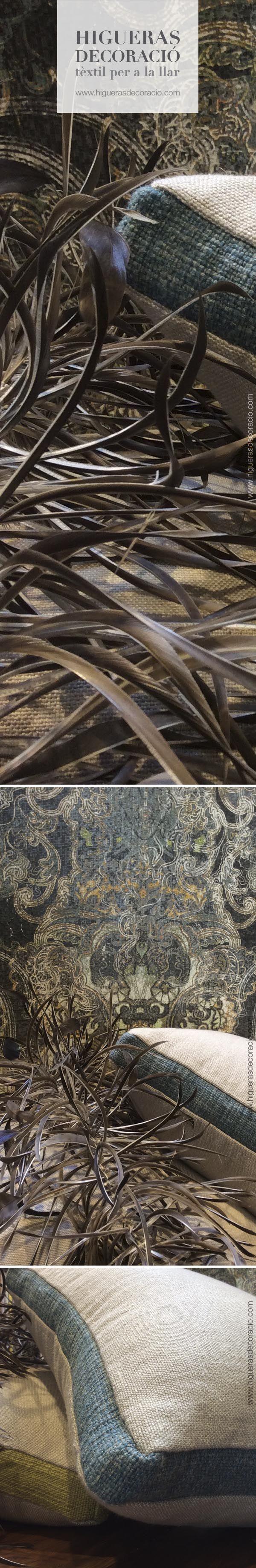 #Cojín de lino rustico. #Cojín confeccionado con #tela de lino de apariencia fuerte. La #tela de lino tiene propiedades de enfriamiento y de calentamiento, ideal para todas las estaciones del año. #Las plumas para decorar, elegantes y sofisticadas #Coixí de lli rústic. #Coixí confeccionat amb #tela de lli d'aparença forta. La #tela de lli té propietats de refredament i d'escalfament, ideal per a totes les estacions de l'any. www.higuerasdecoracio.com