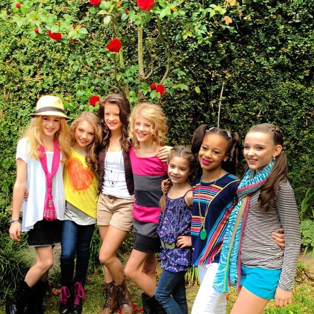 Chloe, Maddie, Brooke, Paige, Mackenzie, Nia, and Kendall from Dance Moms.