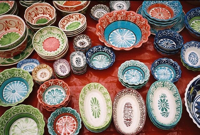 Dishware, love the colors