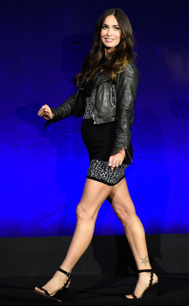 Megan Fox from The Big Picture: Today's Hot Pics  Glow girl! The pregnant actress debuts her bump at CinemaCon in Las Vegas.
