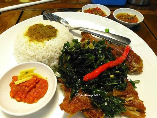 The crispy duck dish - Picture of Ayam Tangkap Atjeh Rayeuk ...