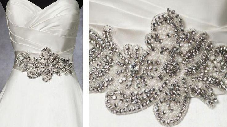 Para aquellas novias que prefieren la sencillez, no necesitan  un vestido llamativo para verse espectaculares, lo que necesitan son accesorios brillantes. ¿Te gustaría ser una de esas novias con cinturón?