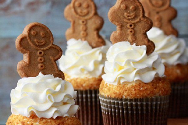 gingerbread cupcakes gingerbread but starbucks gingerbread gingerbread ...
