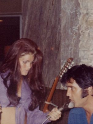 Candid Elvis With Priscilla Priscilla Elvis