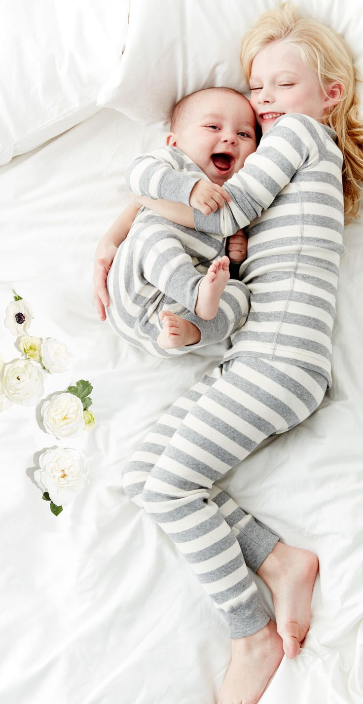 Happiest little kids on Earth. In Organic Cotton from Hanna Andersson - @hanna