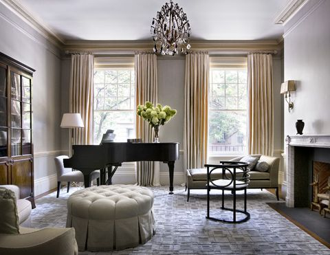 This is so gorgeous!  I would love a sophisticated living room like this someday!